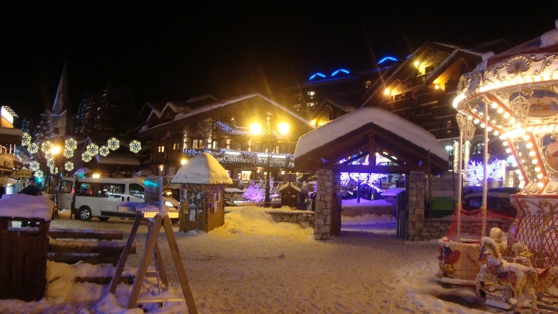 Photo - Courchevel by night